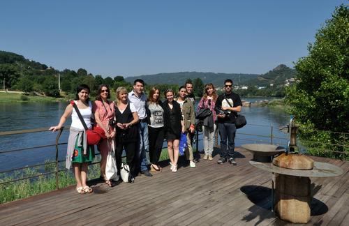 Grupo Blogtrip Ourensemola en la Fuente del Tinteiro